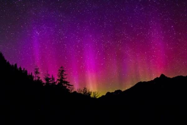 14 - Bắc cực quang hay Aurora là gì và là ai?