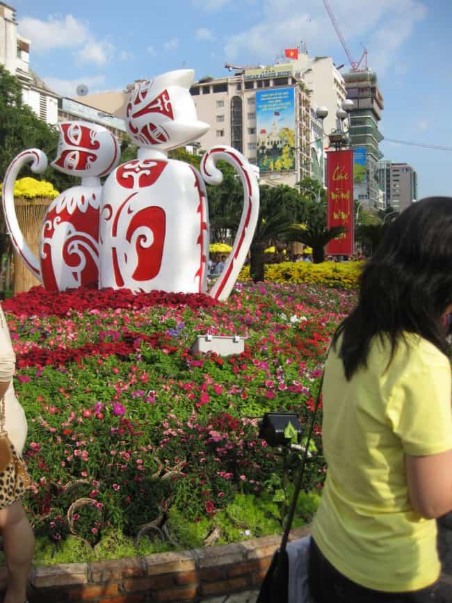 12 - Đường hoa Nguyễn Huệ tại Sài Gòn - TPHCM ở đâu, năm nay có gì mới?
